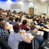 Въпреки възраженията съкращаването на финансирането на университетските курсове по изкуства в Англия ще бъде осъществено.